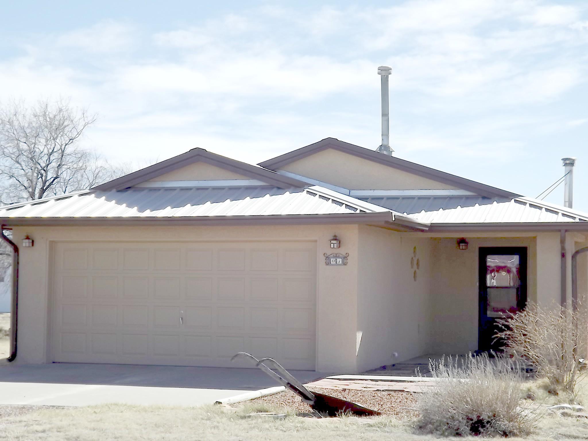 1 Grubstake Court, Moriarty, NM 87035