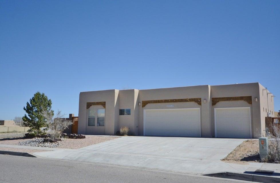 6004 Tesuque Drive NW, Albuquerque, NM 87120