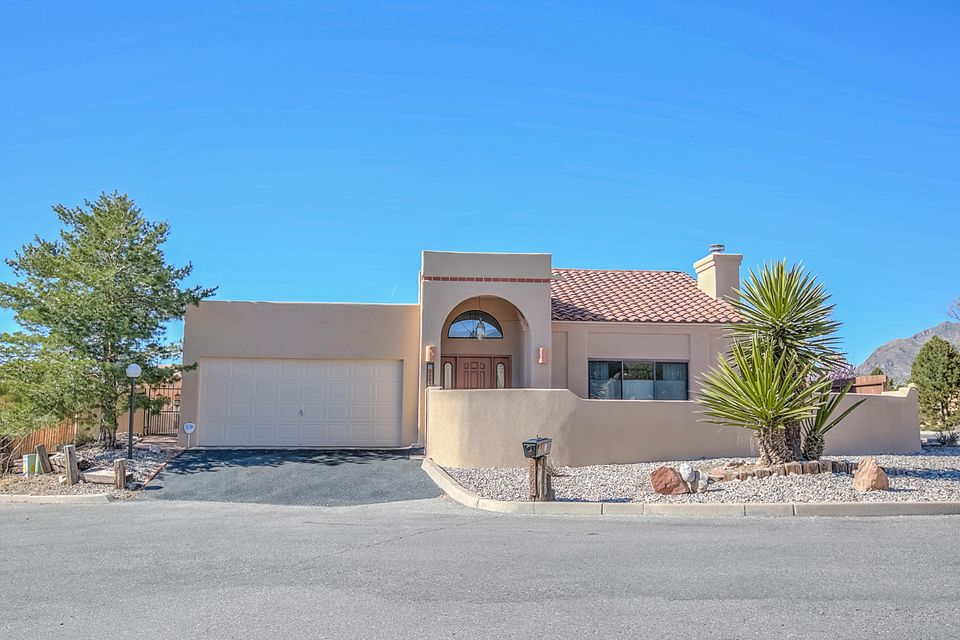 2865 Tramway Circle NE, Albuquerque, NM 87122