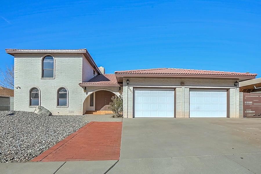 3901 Calle Pino NE, Albuquerque, NM 87111