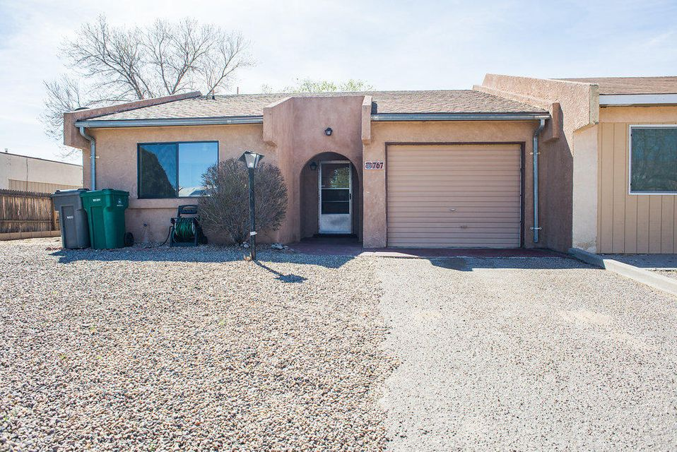767 Stallion Road SE, Rio Rancho, NM 87124