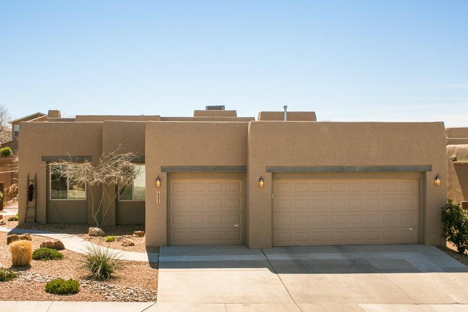 7324 Hawthorn Avenue NE, Albuquerque, NM 87113