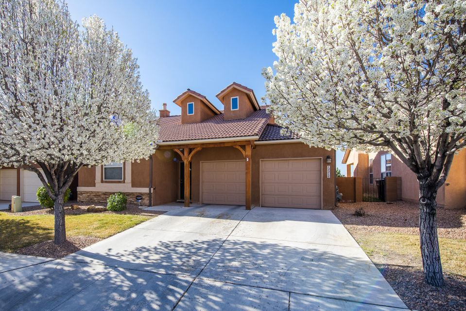 1221 Alvarado Way, Bernalillo, NM 87004