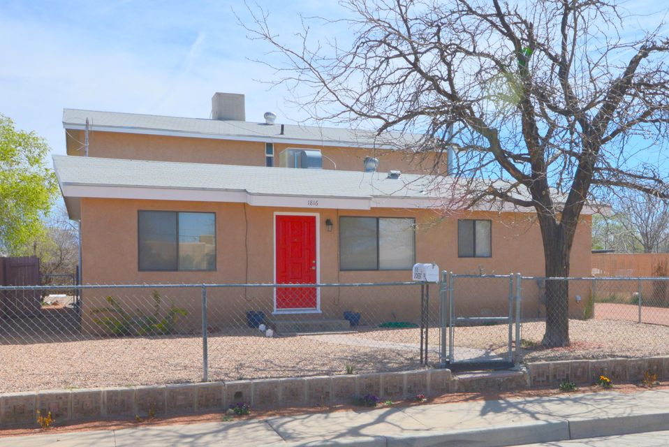 1816 Zickert Place NW, Albuquerque, NM 87104