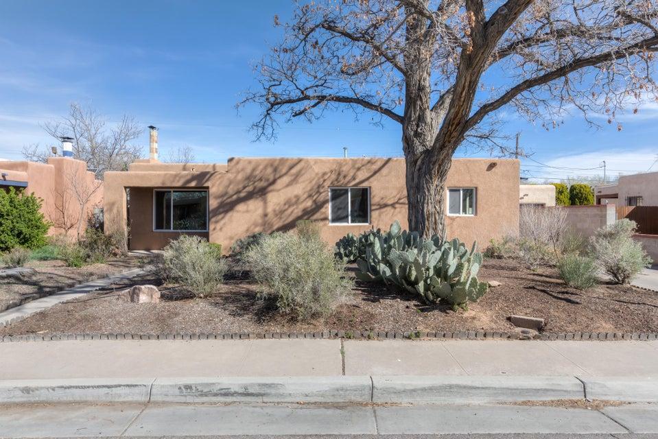 3821 Simms Avenue SE, Albuquerque, NM 87108