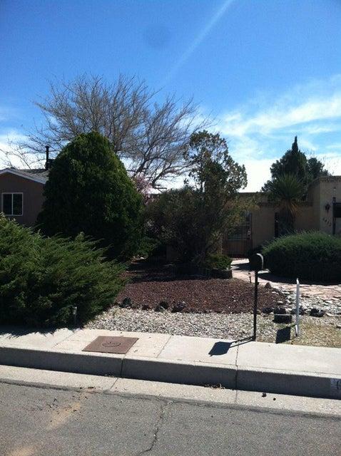 6412 Christy Avenue NE, Albuquerque, NM 87109