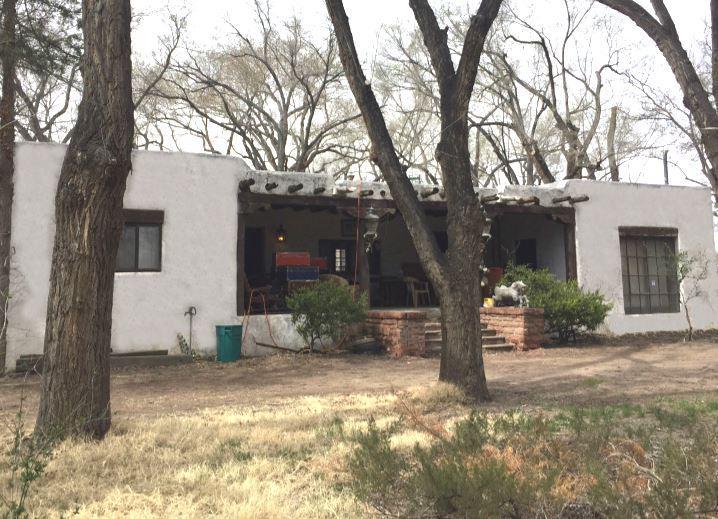 1209 Lopez Road SW, Albuquerque, NM 87105