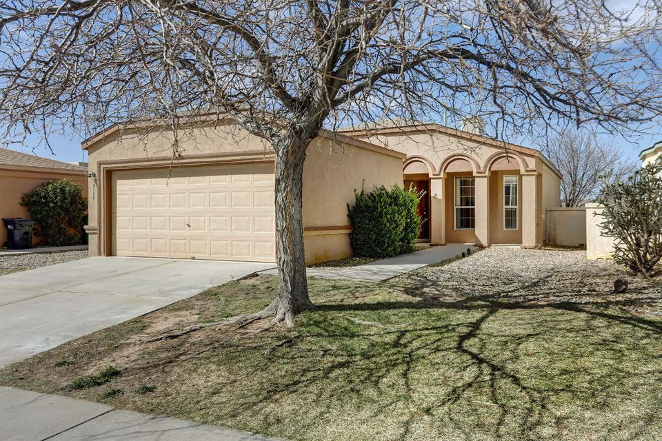 2177 High Desert Circle NE, Rio Rancho, NM 87144
