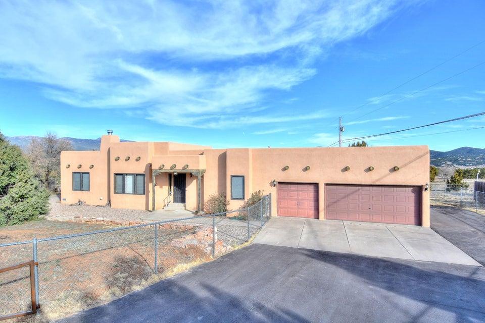 83 Meadow Drive, Tijeras, NM 87059