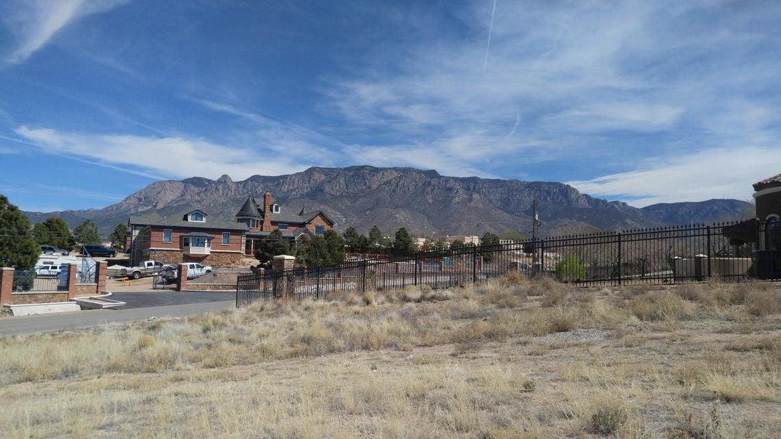 Ranchitos Avenue NE, Albuquerque, NM 87122