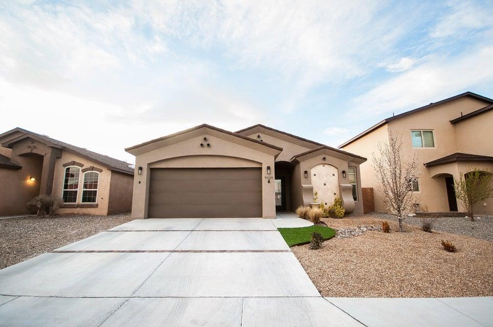9555 Sun Dancer Drive NW, Albuquerque, NM 87114