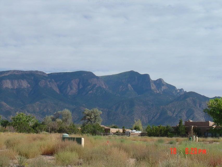 Petroglpph Place, Lot 64, Placitas, NM 87043