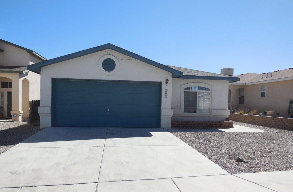 9016 London Avenue SW, Albuquerque, NM 87121