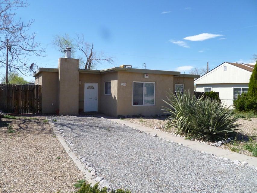 2829 Quincy Street NE, Albuquerque, NM 87110