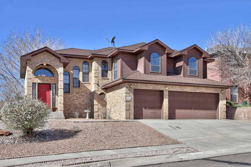 8401 Bella Vista Place NW, Albuquerque, NM 87120
