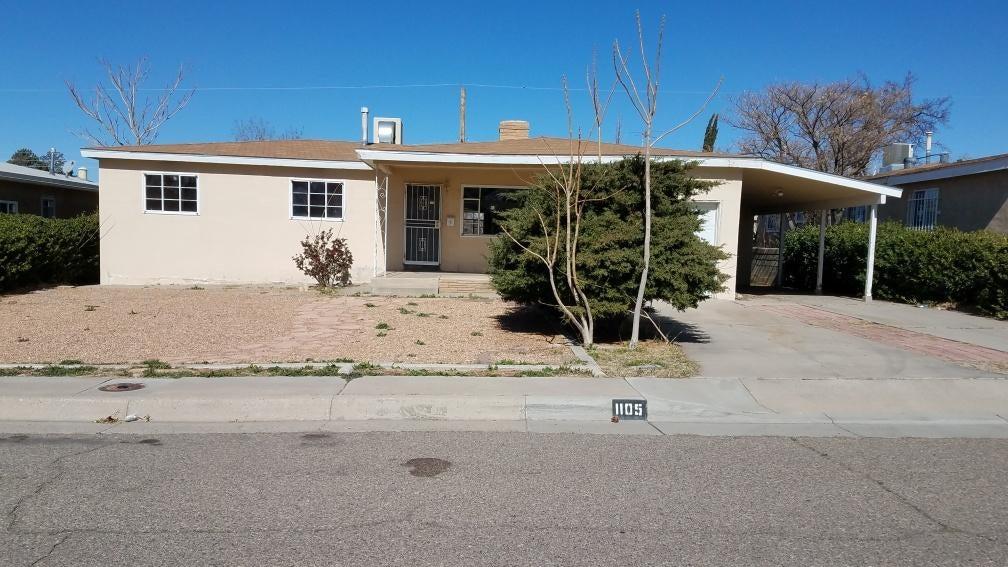 1105 Espejo Street NE, Albuquerque, NM 87112
