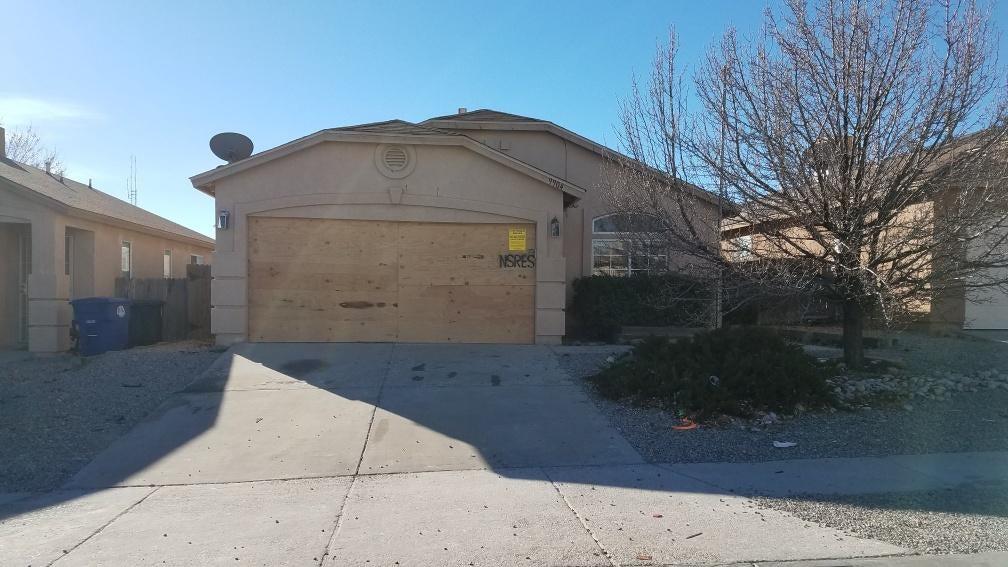 9904 Bridle Falls Avenue SW, Albuquerque, NM 87121