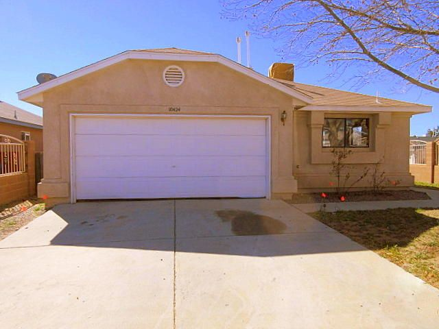 10424 Johncock Avenue SW, Albuquerque, NM 87121