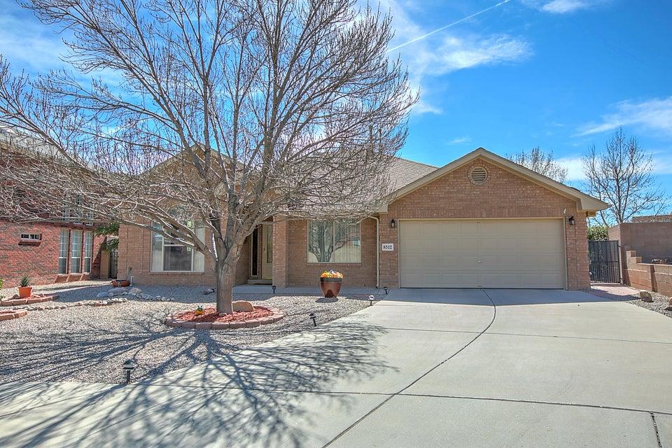 8312 Hillsboro Court NW, Albuquerque, NM 87120