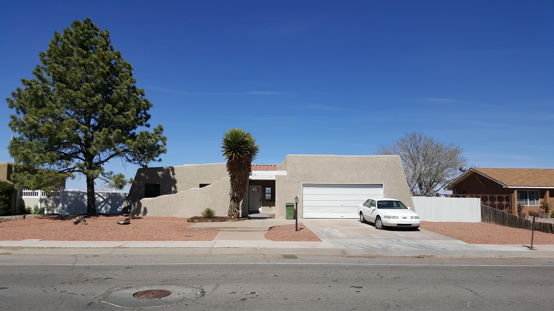 4735 Leon Grande Avenue SE, Rio Rancho, NM 87124