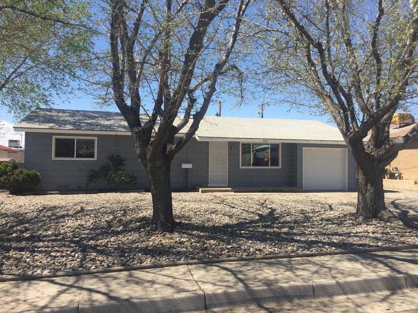 4105 Hermosa Drive NE, Albuquerque, NM 87110