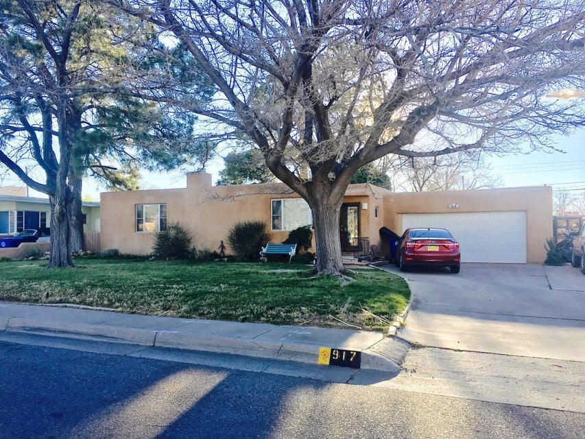 917 Pampas Drive SE, Albuquerque, NM 87108
