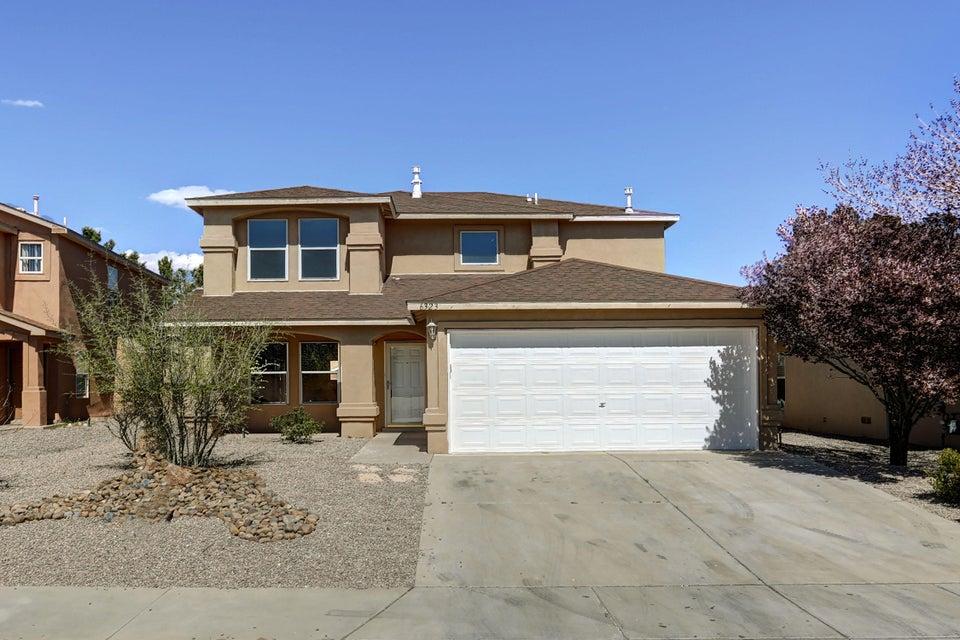 6323 Scottsdale Avenue NW, Albuquerque, NM 87114
