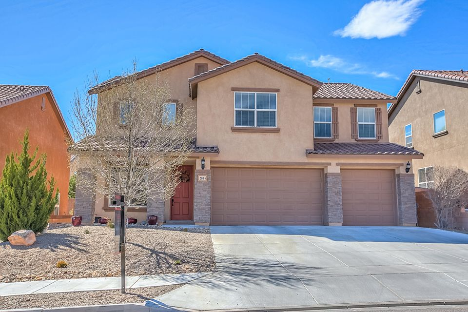 205 Paseo Vista Loop NE, Rio Rancho, NM 87124