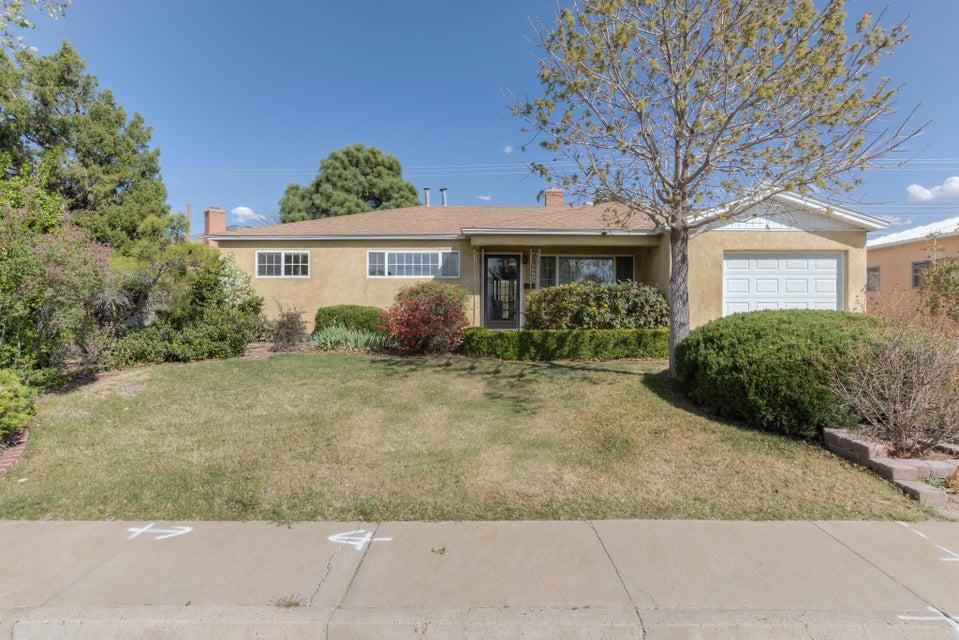 2016 Muriel Street NE, Albuquerque, NM 87112
