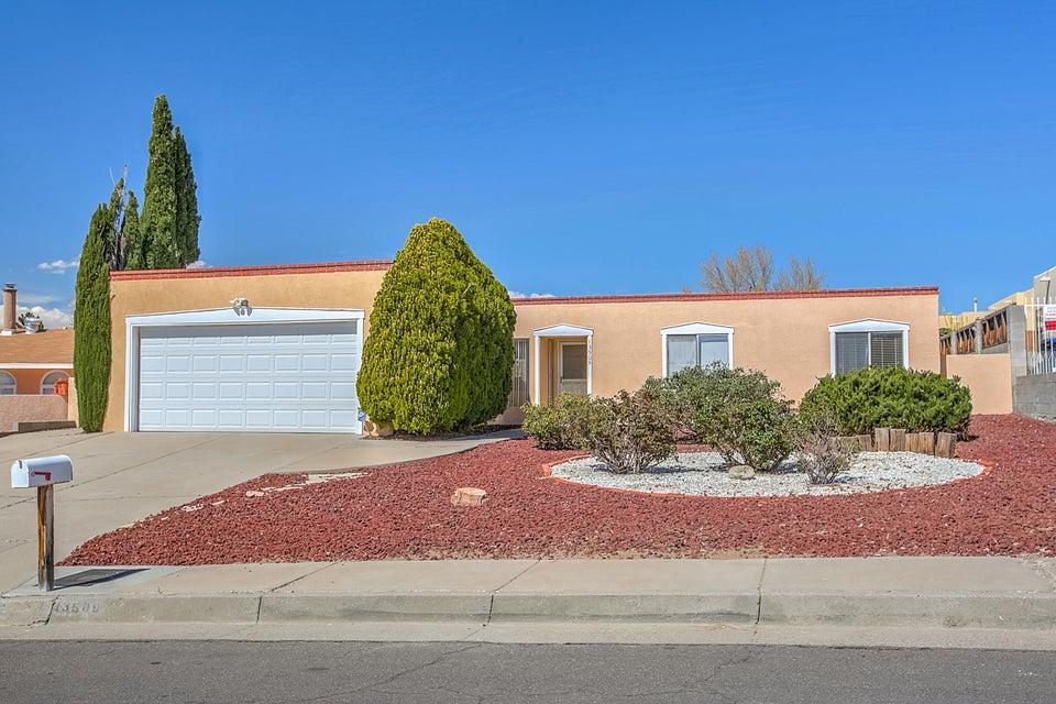13509 Witcher NE, Albuquerque, NM 87112