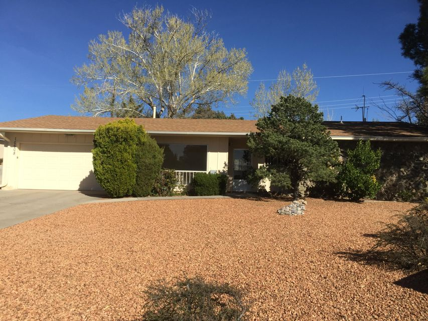 10508 Karen Avenue NE, Albuquerque, NM 87111