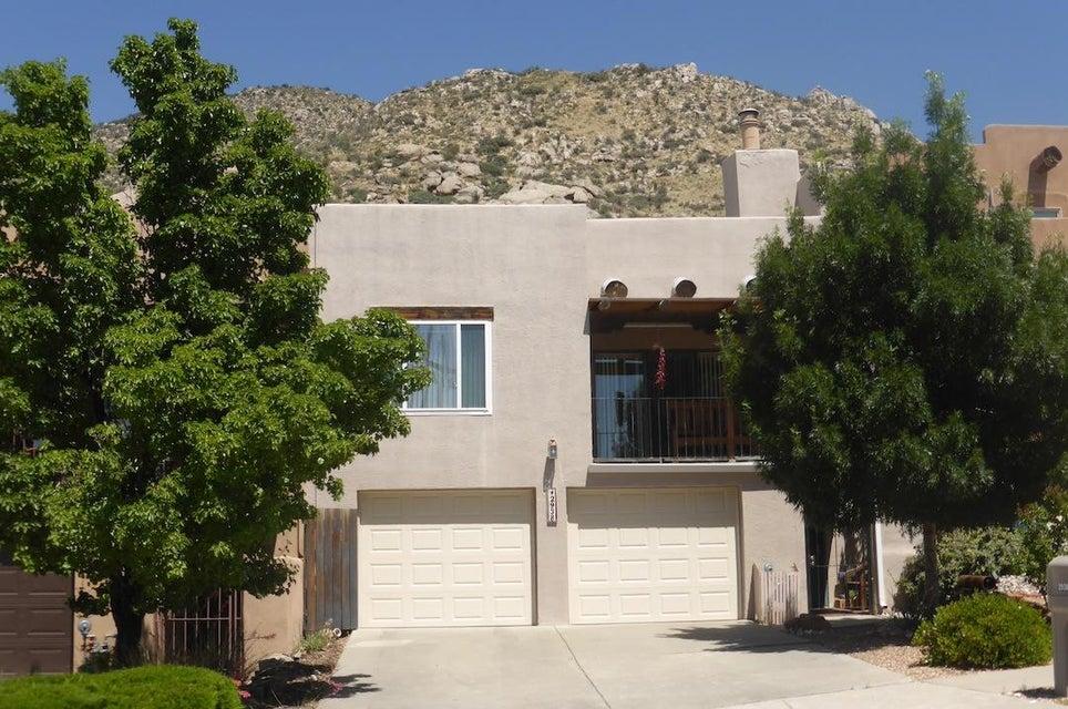 2938 Vista Del Rey NE, Albuquerque, NM 87112