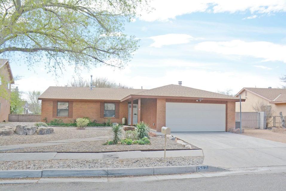 513 Western Skies Drive SE, Albuquerque, NM 87123