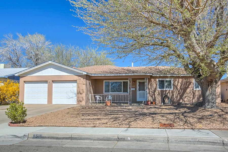 9519 Morrow Avenue NE, Albuquerque, NM 87112