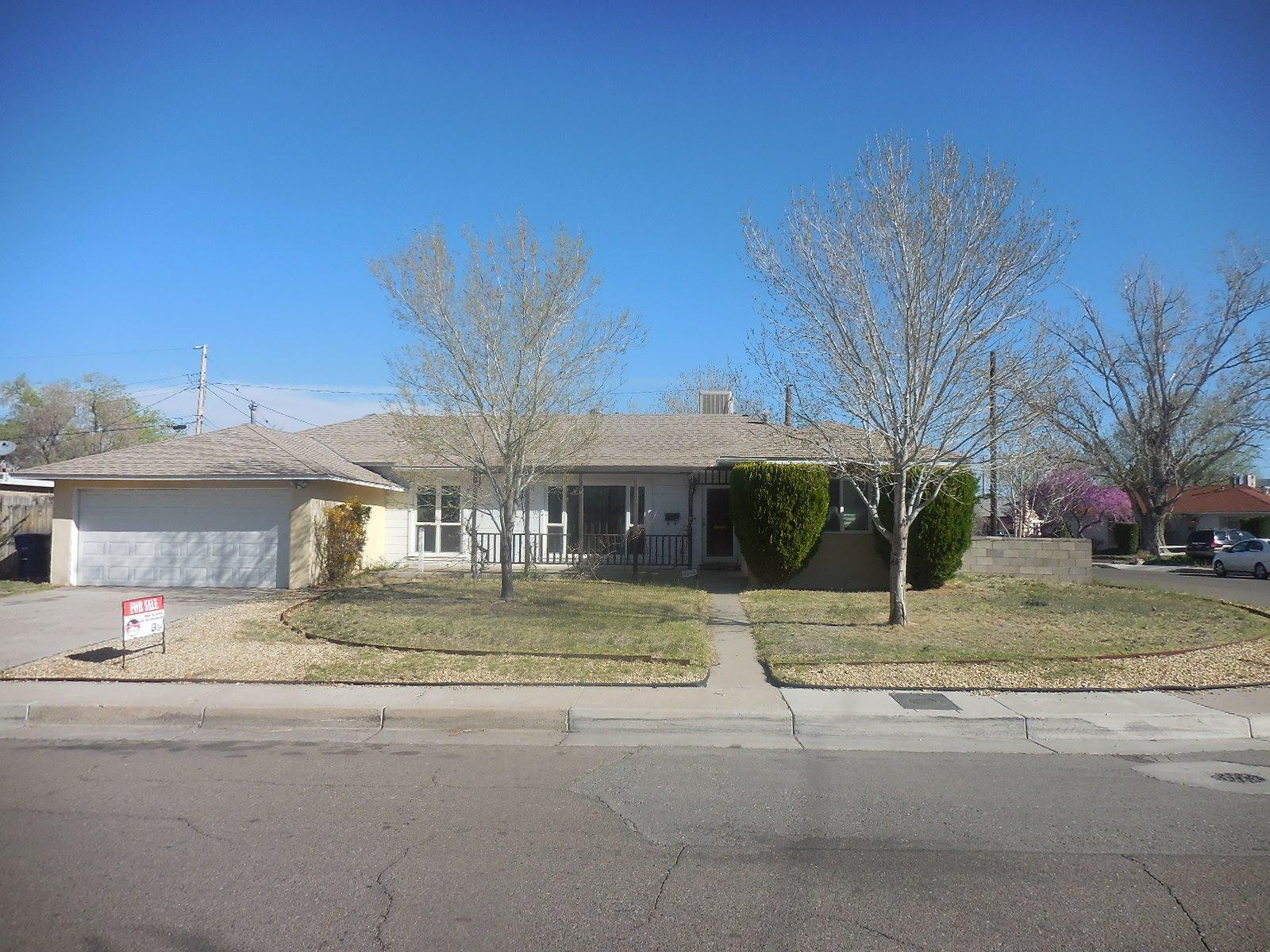 6109 Bellamah Avenue NE, Albuquerque, NM 87110