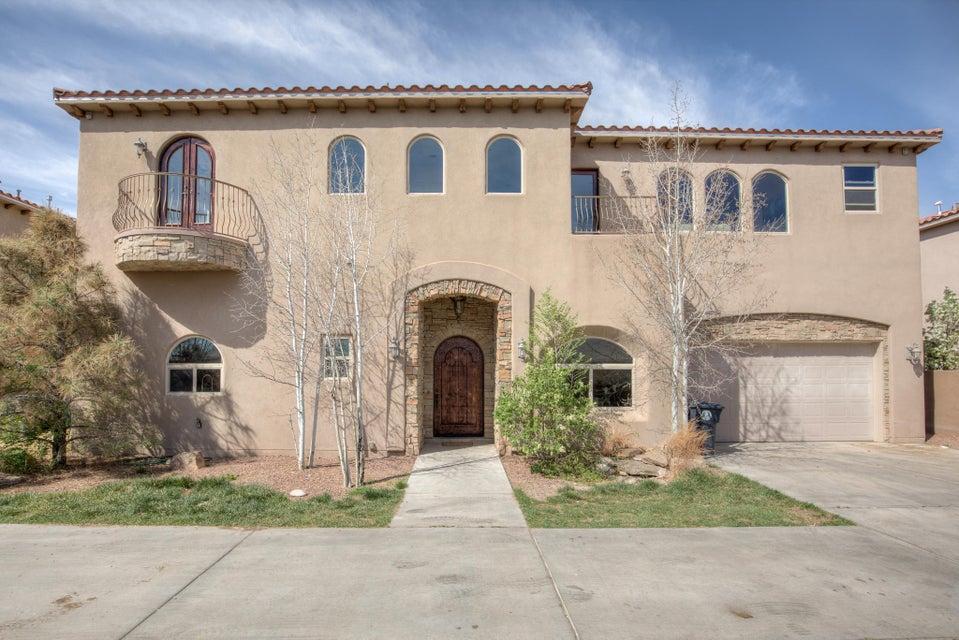 2409 Rice Avenue NW B, Albuquerque, NM 87104