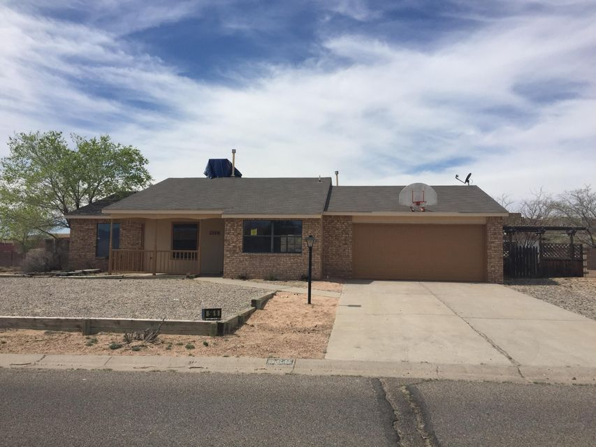 569 Christine Drive NE, Rio Rancho, NM 87124