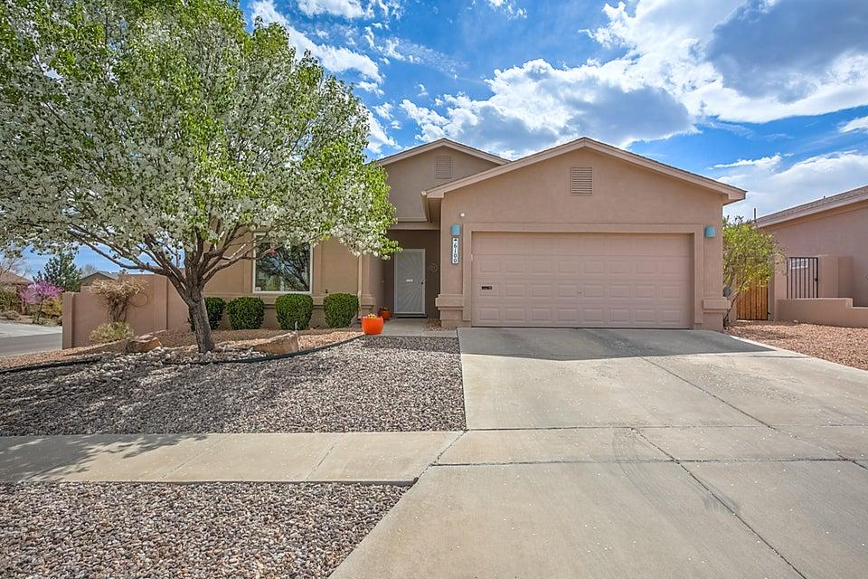 6100 Loro Avenue NW, Albuquerque, NM 87114