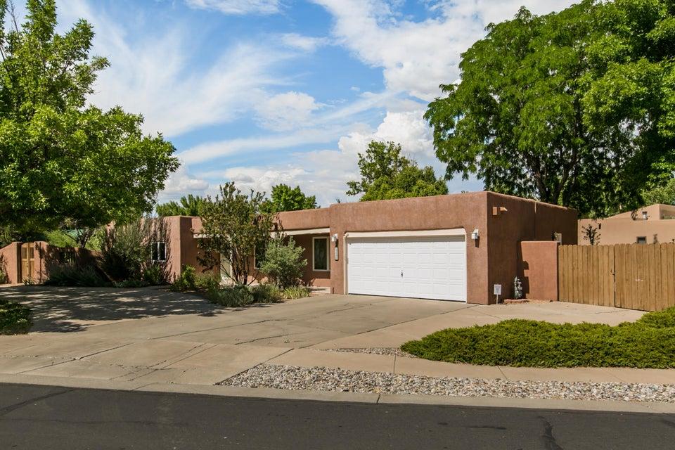 3400 Avenida Charada NW, Albuquerque, NM 87107