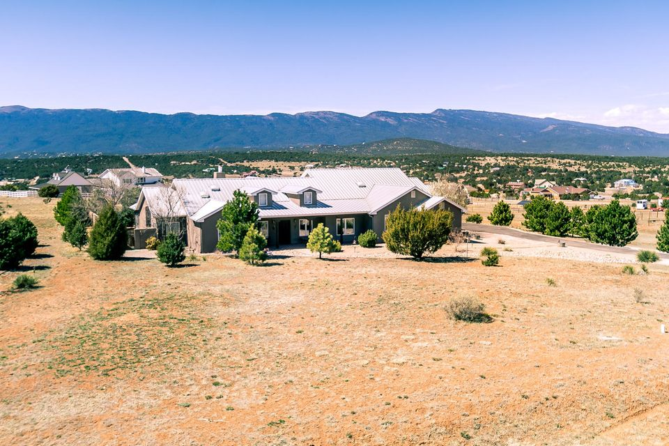 123 Elite Drive, Tijeras, NM 87059