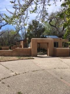 6847 Rio Grande Boulevard NW, Los Ranchos, NM 87107
