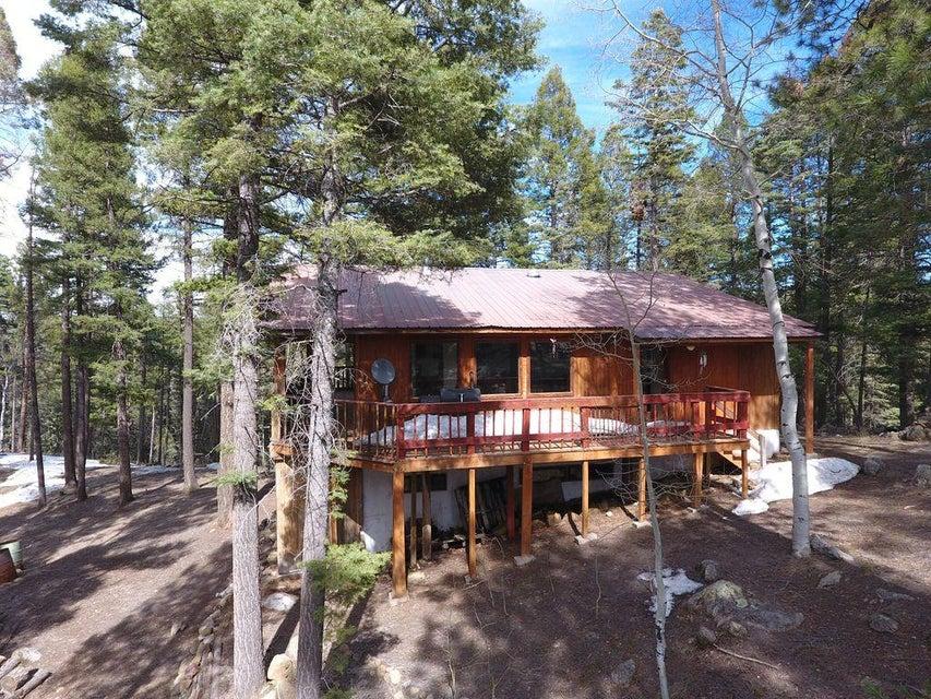 88 Deer Trail, Jemez Springs, NM 87025