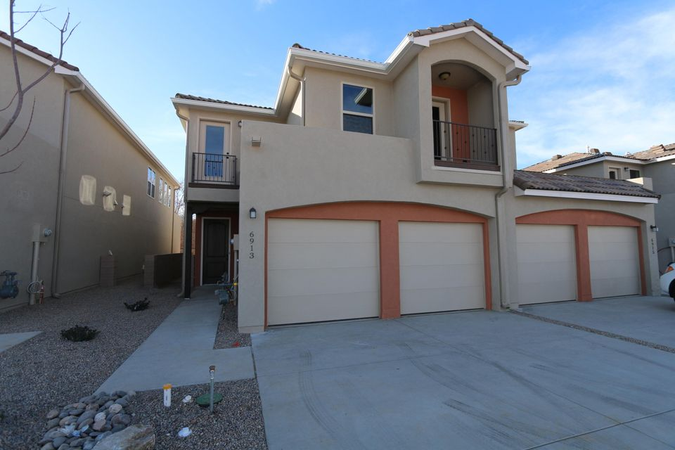 6913 Papaya Place NE, Albuquerque, NM 87109