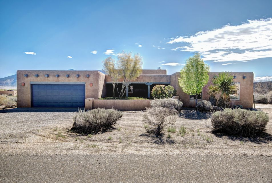 110 Veronica Court, Corrales, NM 87048