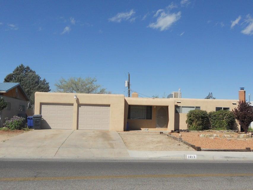 1813 Morris Street NE, Albuquerque, NM 87112