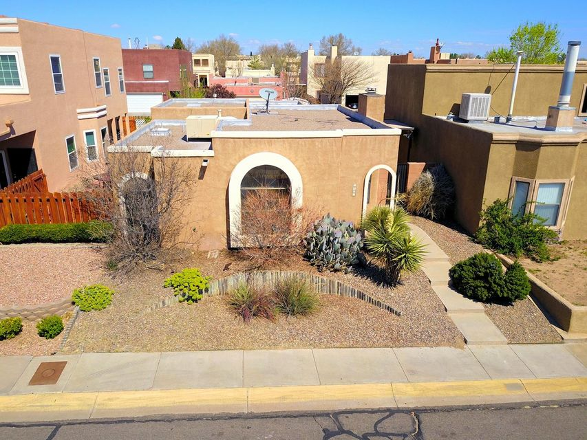 7825 Ranchwood Drive NW, Albuquerque, NM 87120