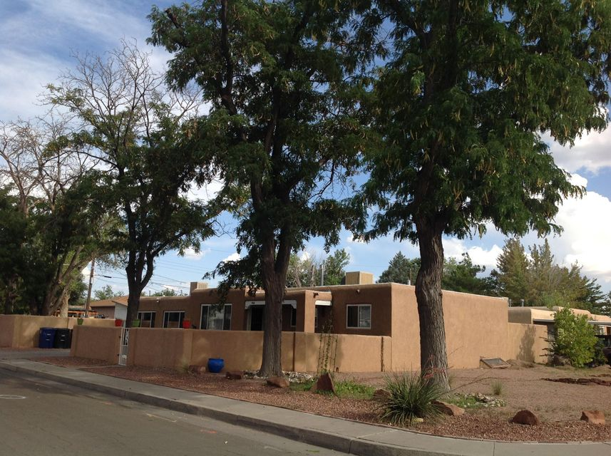 900 Georgia Street SE, Albuquerque, NM 87108