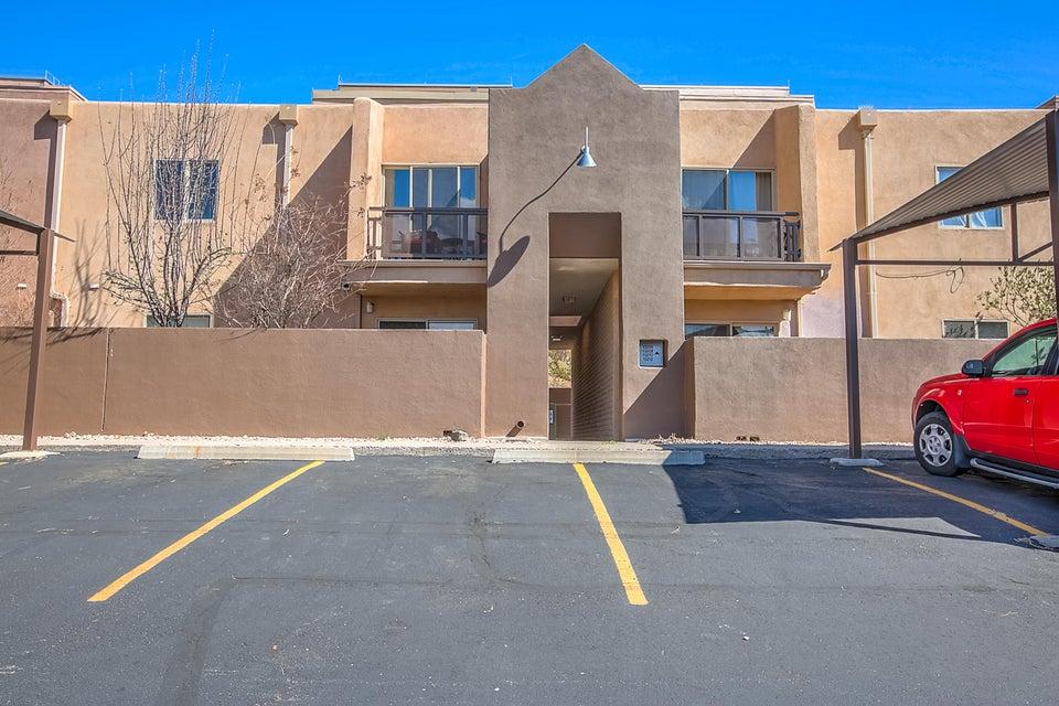 13208 Candelaria Road NE, Albuquerque, NM 87112