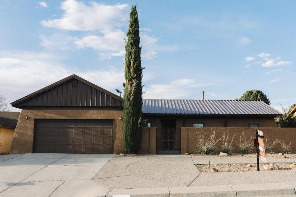 6501 Mendius Avenue NE, Albuquerque, NM 87109