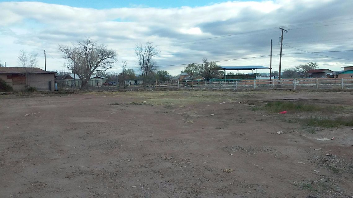 1 Jardin Road, Los Lunas, NM 87031